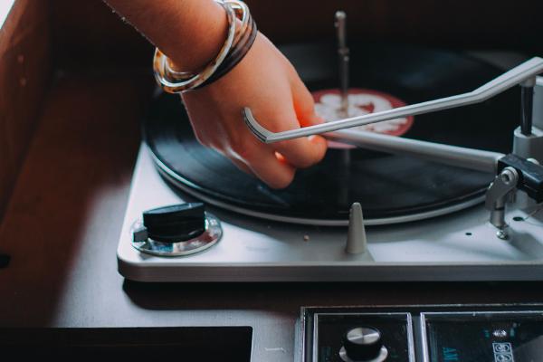Choisir sa première platine vinyle